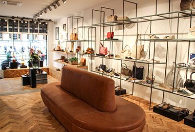 Re-opening winkel Van Baerlestraat Amsterdam