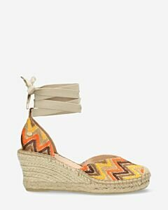 Espadrille-wedges-with-ankle-strap-jacquard-brown-