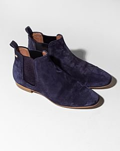Chelsea-boot-suede-navy-blue