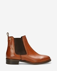 Chelsea-boot-soft-smooth-leather-cognac