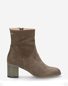 Heeled-ankle-boot-suede-olive