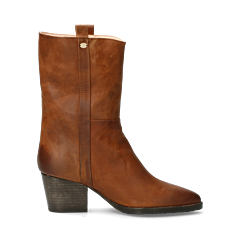 Western-boot-from-smooth-leather-cognac