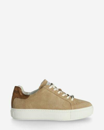 Sneaker perforated suede beige