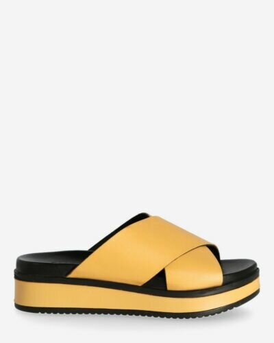 Yellow slipper with leather sole