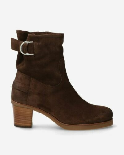 Heeled ankle boot waxed suede dark brown