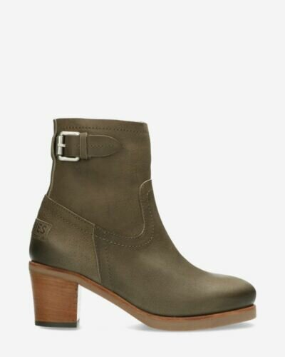 Heeled ankle boot waxed grain leather grey
