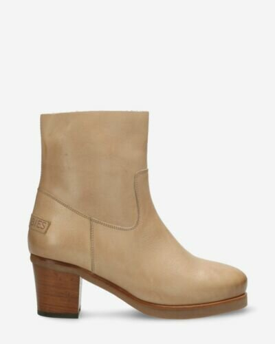 Heeled ankle boot soft smooth leather light grey