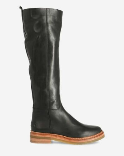 Shaft boot vegetable tanned leather black