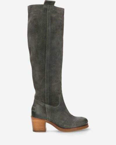 Boot waxed suede dark grey