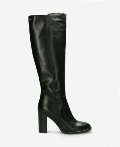 Heeled boot soft smooth leather black
