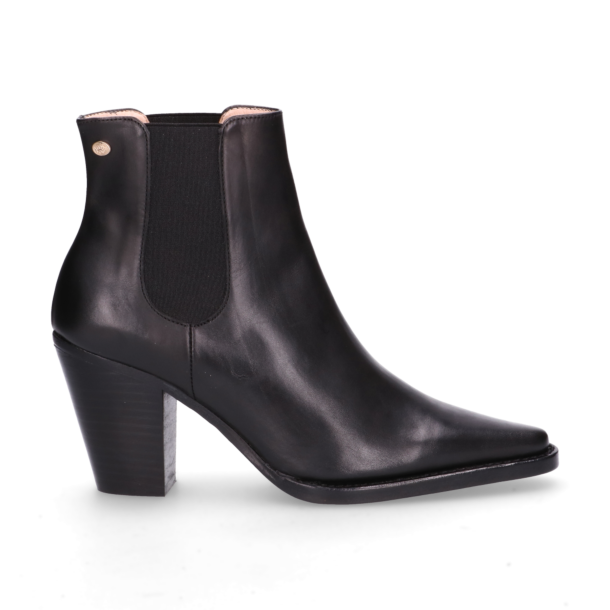 Chelsea-boot-smooth-leather-Black