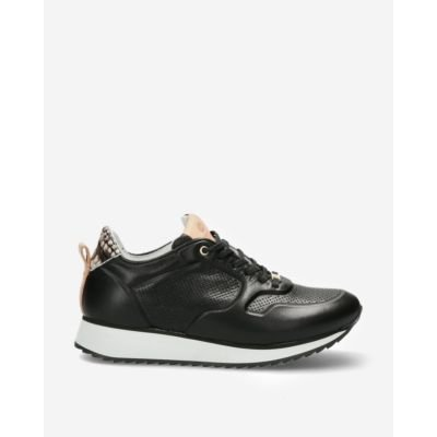Black-sneaker-with-crocodile-patch-