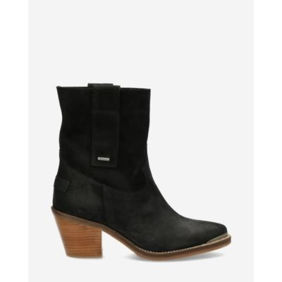 Western-ankle-boot-waxed-suede-black