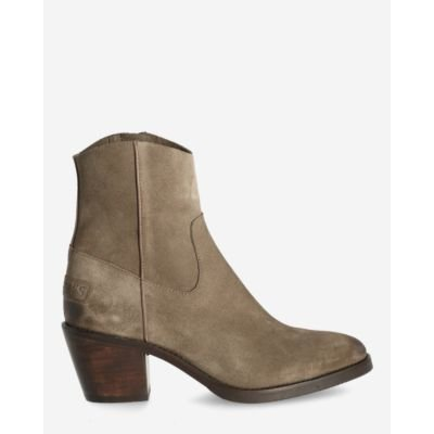 Heeled-ankle-boot-waxed-suede-taupe