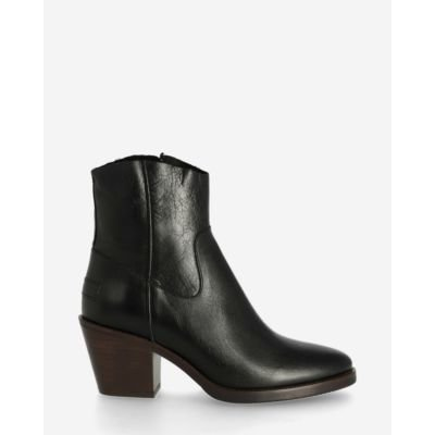 Ankle-boot-shiny-grain-leather-black