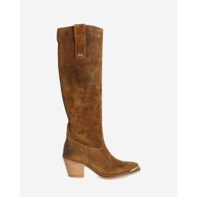 Brown-western-boot-waxed-suede