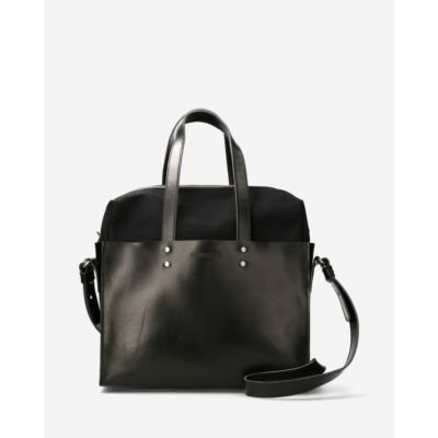 Black-handbag-smooth-leather