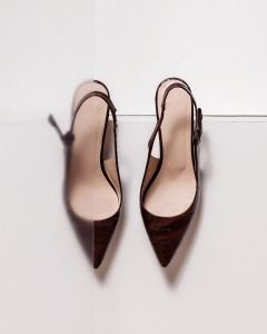 Fred-x-Jetteke-Slingback-pump-croco-printed-leather-Brown