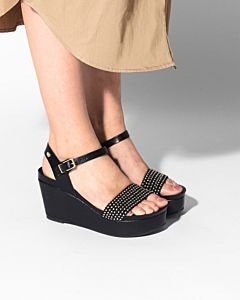 Sandal-with-wedge-smooth-leather-and-studs-Black-