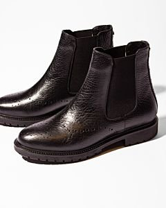 Chelsea-ankle-boot-grain-leather-black