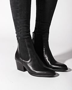 Ankle-boot-soft-smooth-leather-Black