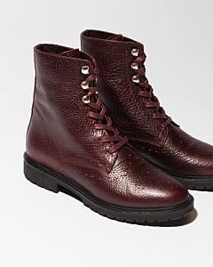 Lace-up-boot-heavy-grain-leather-bordeaux