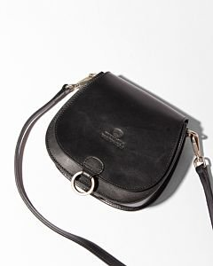 Crossbody-natural-dyed-smooth-leather-black