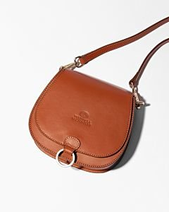 Crossbody-natural-dyed-smooth-leather-cognac