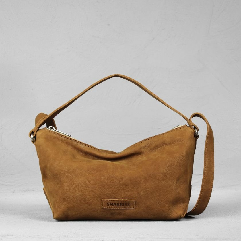Shoulderbag-waxed-grain-leather-Cognac
