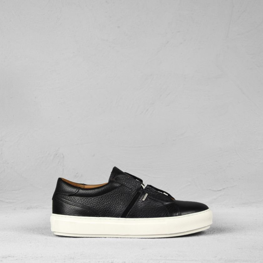 Sneaker-smooth-leather-Black