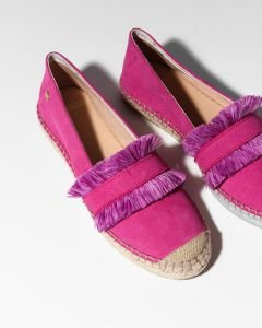 Espadrille-loafer-suede-with-fringes-fuchsia