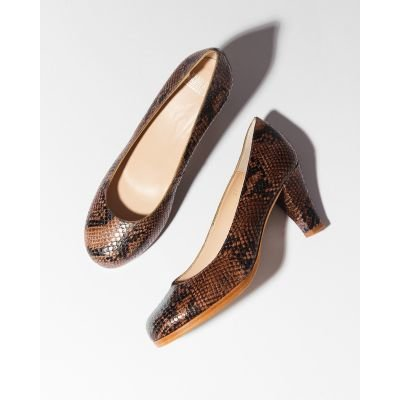 Pump-lizard-printed-leather-brown