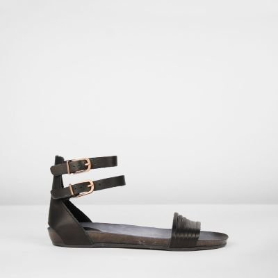 Sandal-natural-dyed-leather-with-straps-black