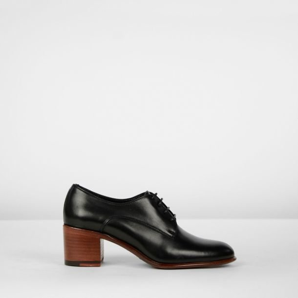 Lace-up pump smooth leather Black