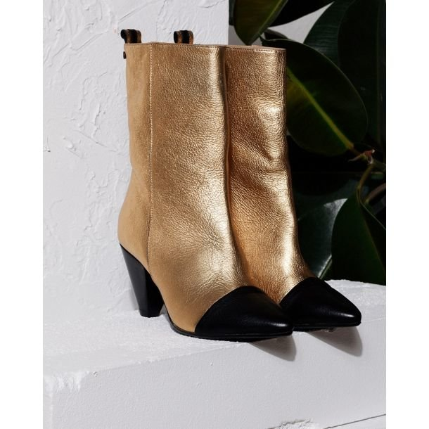 Fred-x-Lonneke-Golden-boot-grain-leather-