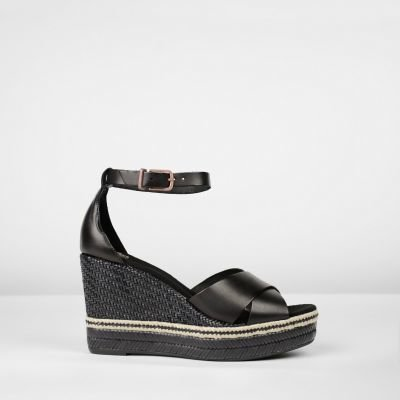 Espadrille-wedge-smooth-leather-black