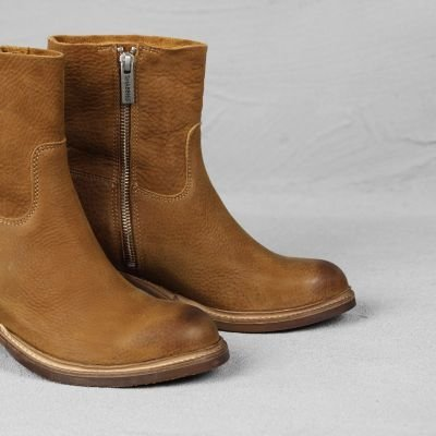 Ankle-boot-waxed-grain-leather-Cognac