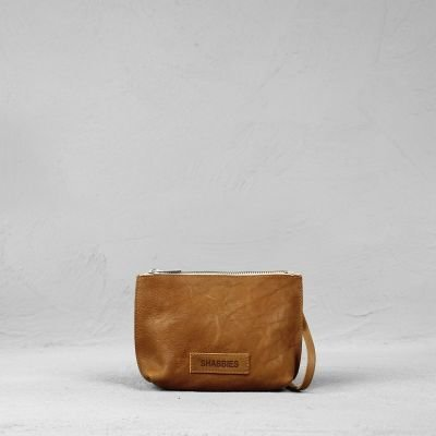 Shoulderbag-waxed-grain-leather-Caramel